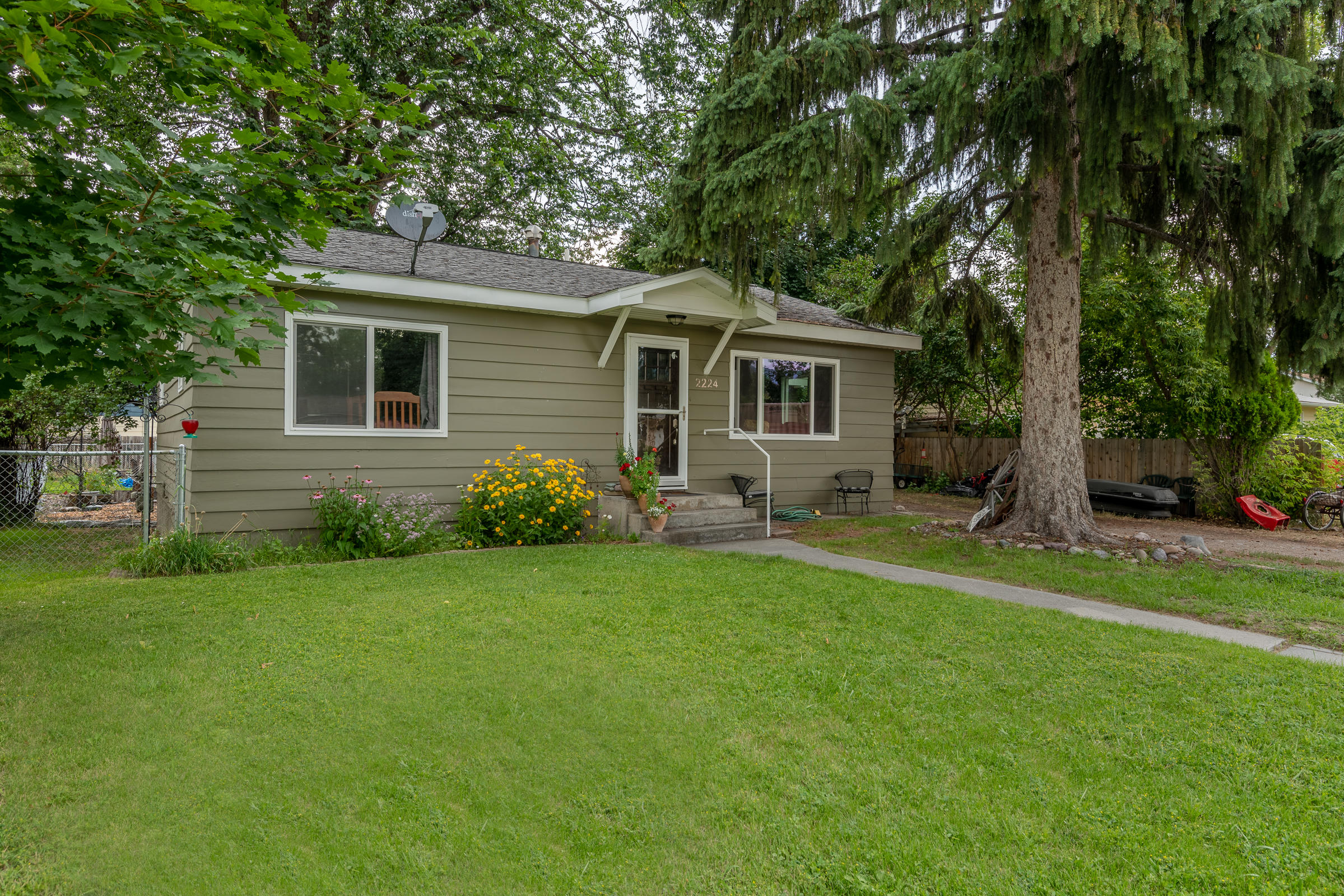 Property Image #1 for MLS #22011798