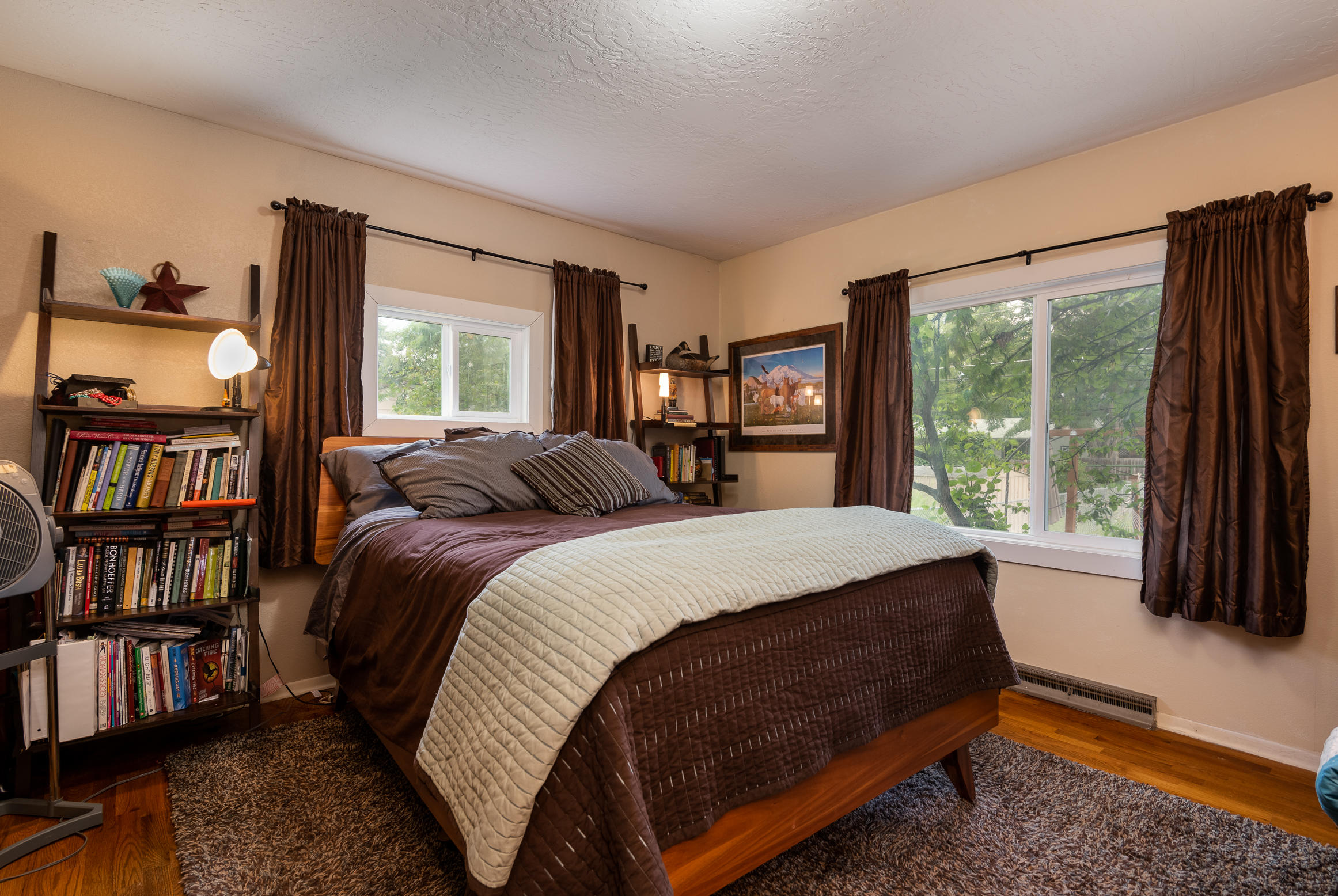 Property Image #2 for MLS #22011798