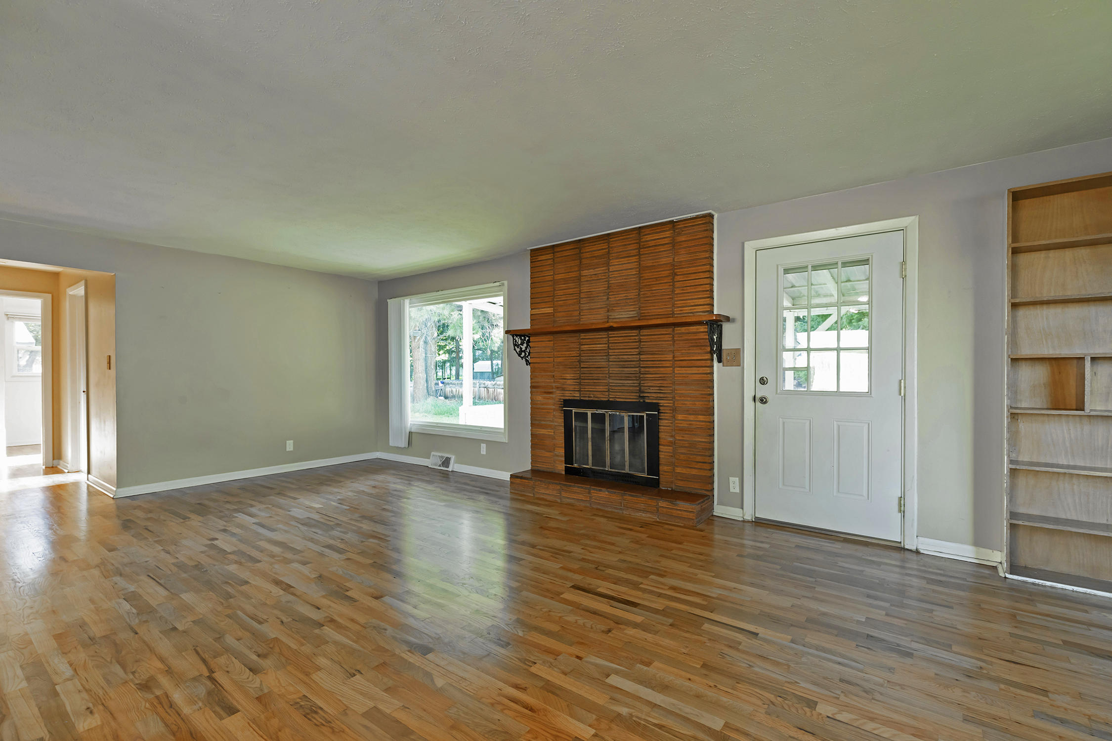Property Image #4 for MLS #22012010
