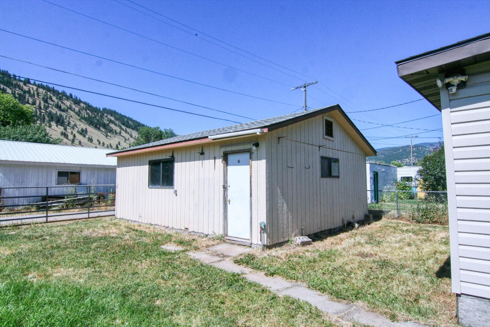Property Image #11 for MLS #22012233