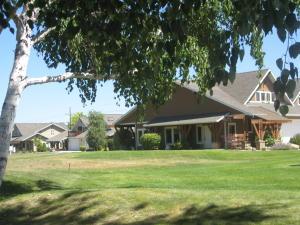 24 Lone Pine Trail, Hamilton, MT 59840