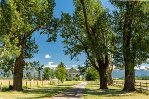 3695 Lower Valley Road, Kalispell, MT 59901
