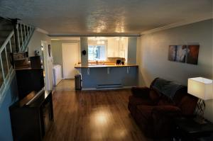 1110 Pine Street, Unit C, Hamilton, MT 59840
