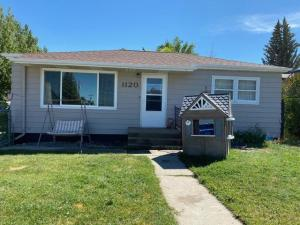 1120 1st Street South, Shelby, MT 59474