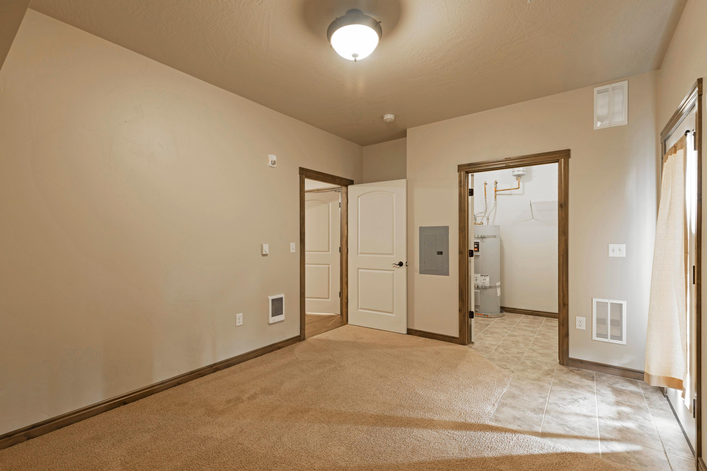 Property Image #2 for MLS #22012953