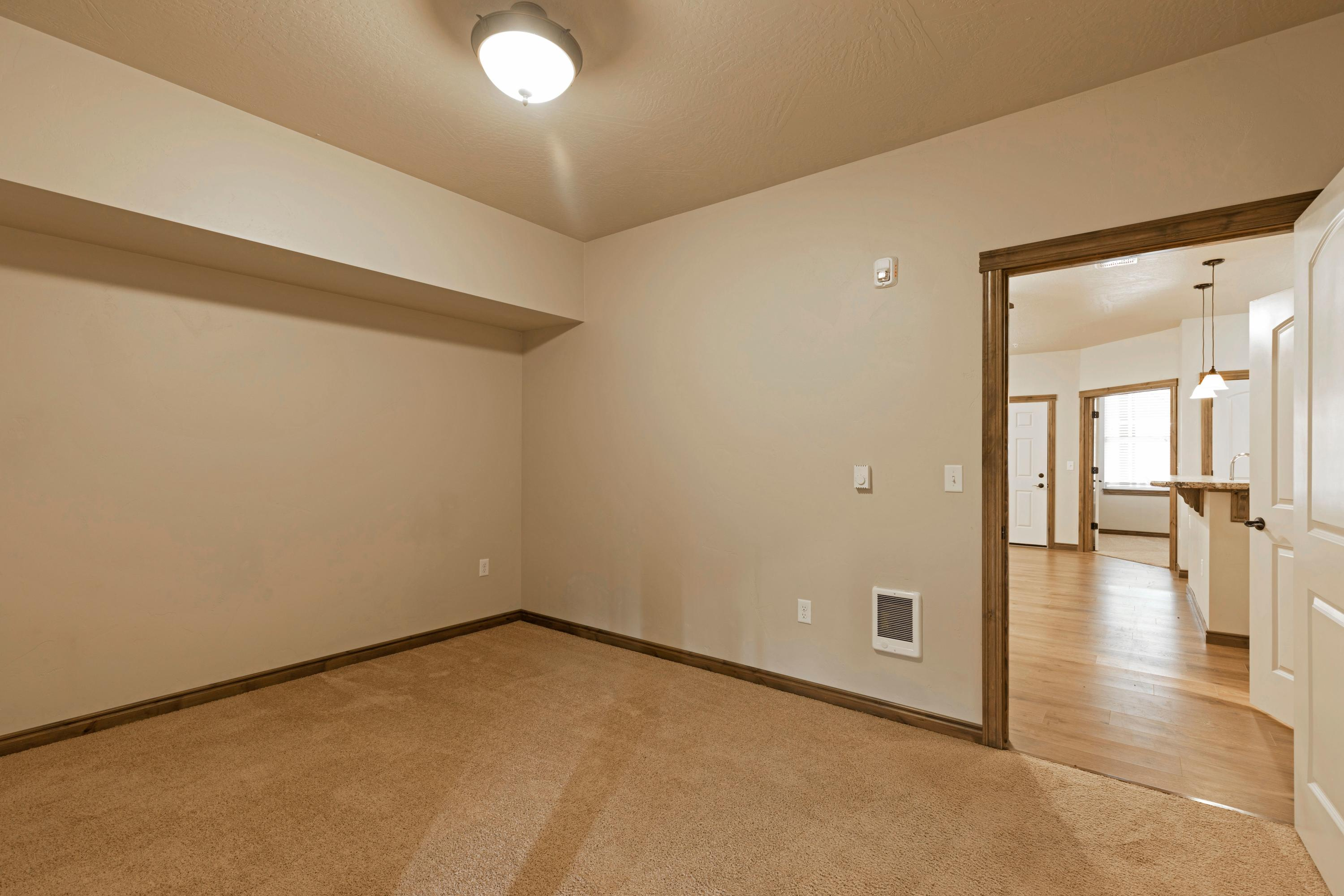 Property Image #4 for MLS #22012953