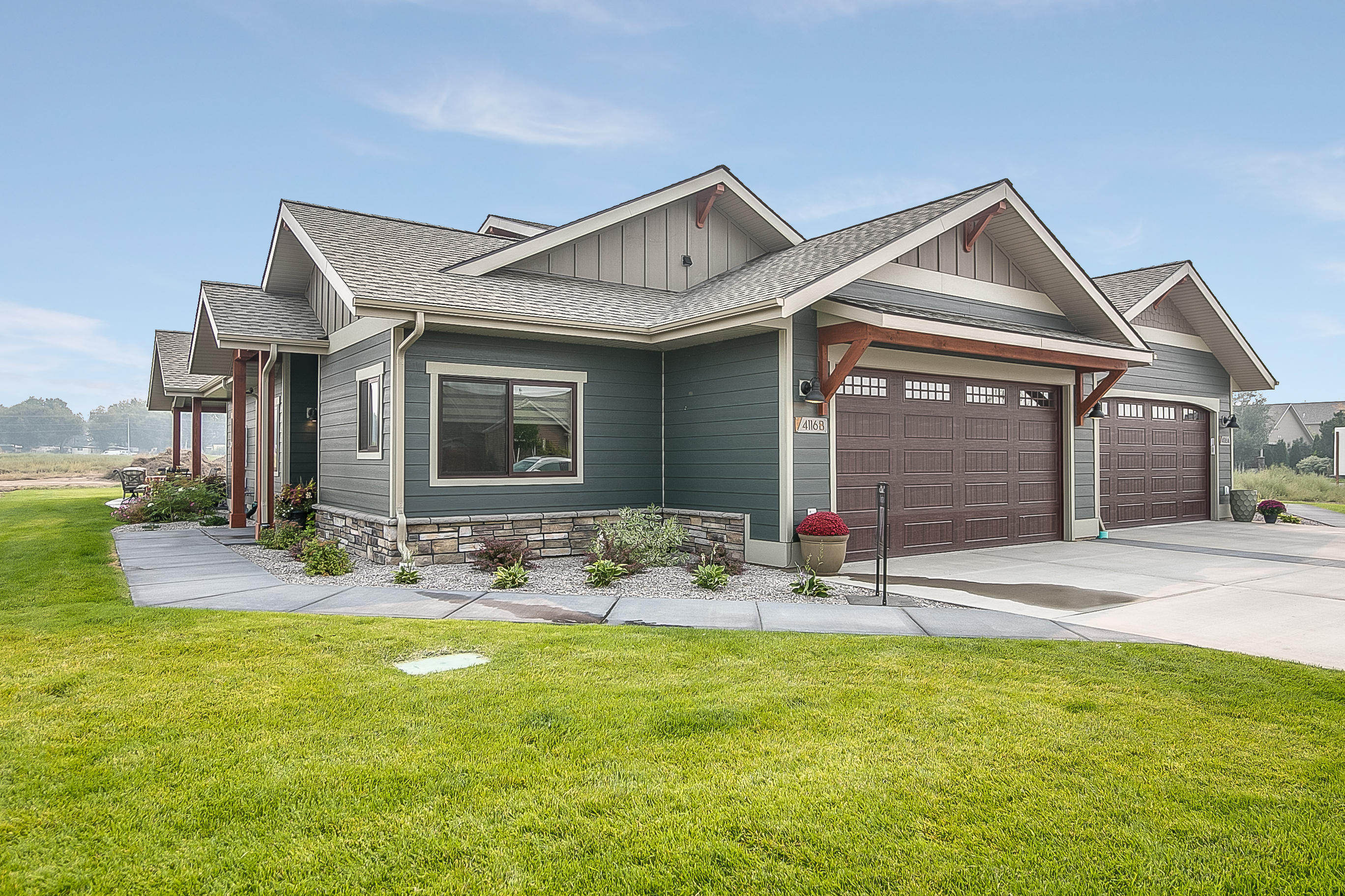 Property Image #1 for MLS #22015150