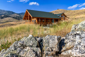 122 Less Traveled Road, Darby, MT 59829