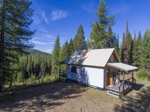 1100 Alpine Valley Road, Trego, MT 59934