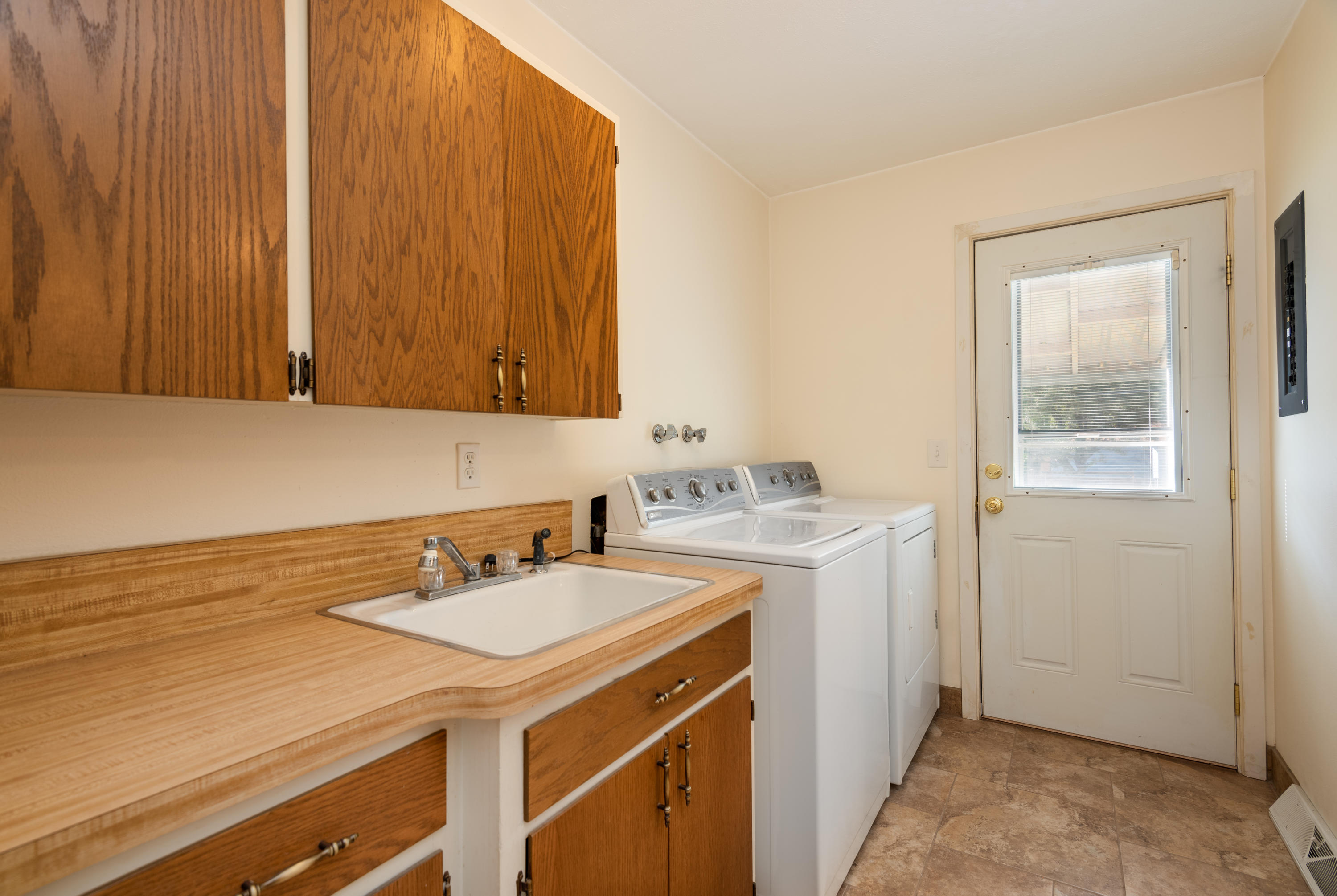 Property Image #2 for MLS #22014615