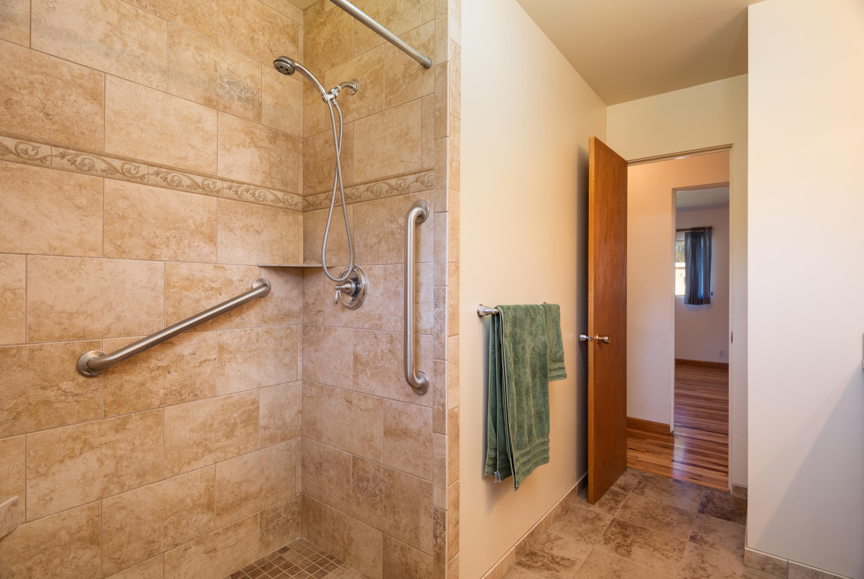 Property Image #5 for MLS #22014615