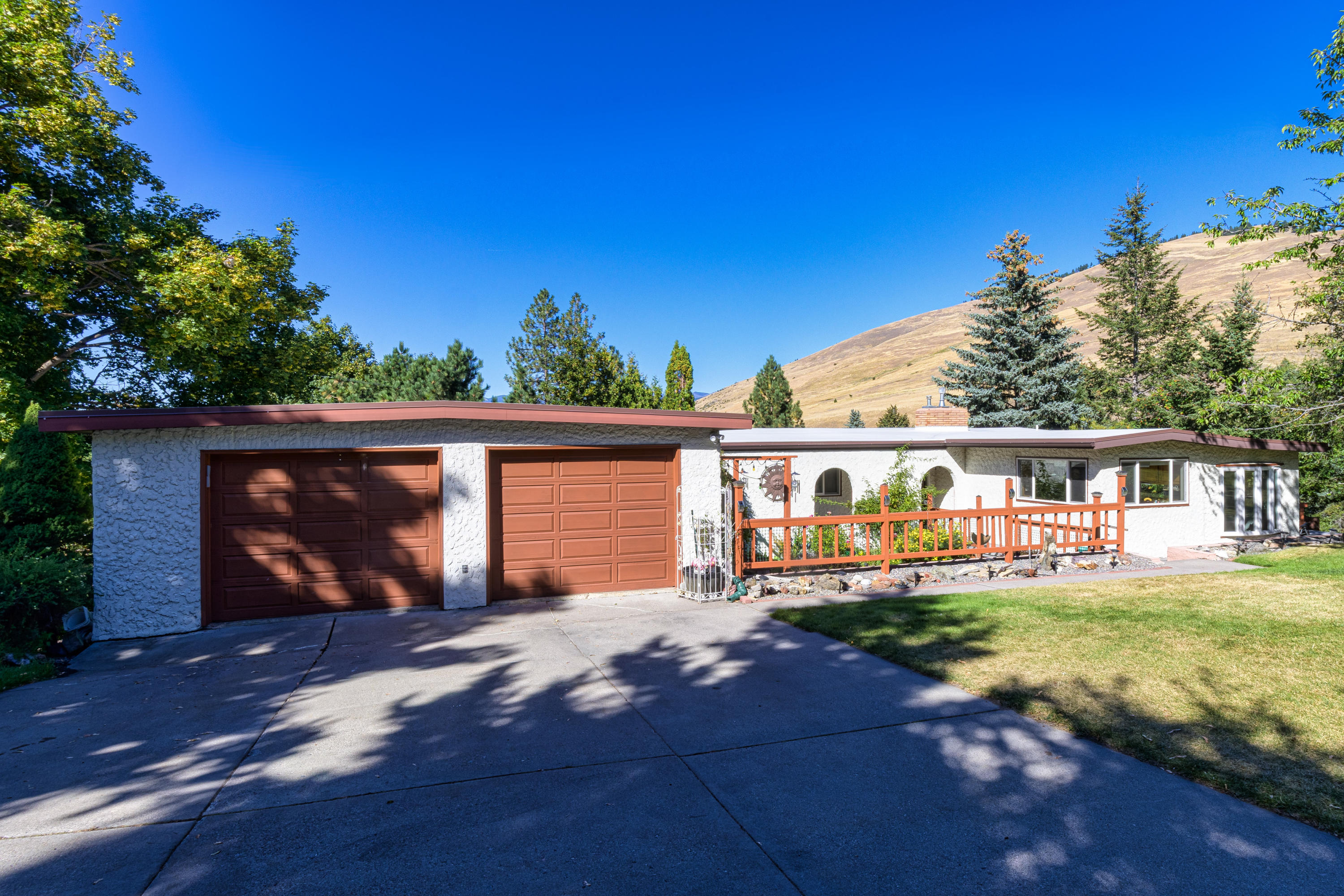 Property Image #12 for MLS #22014733