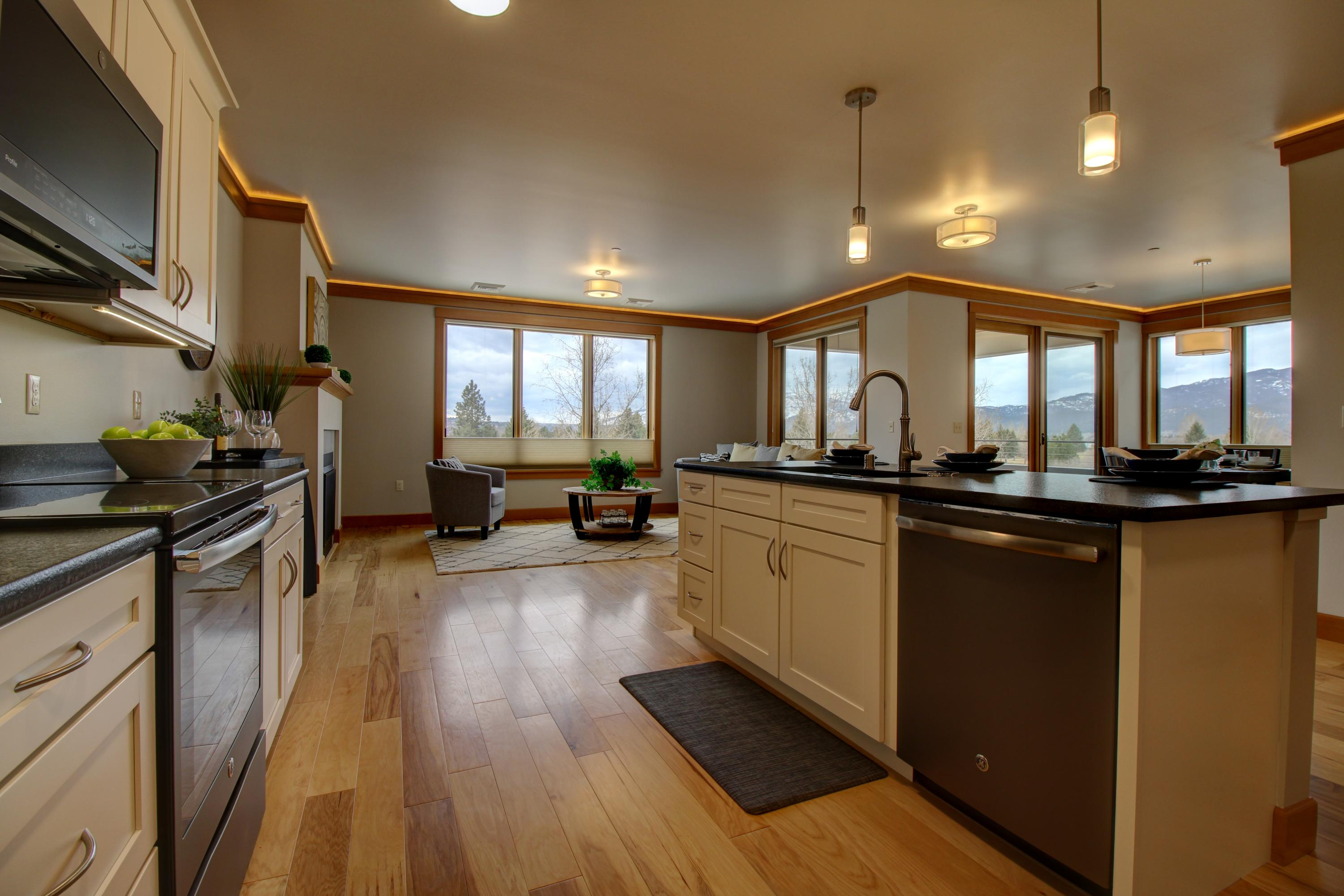 Property Image #3 for MLS #22014980