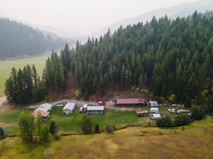 3675 Petty Creek Road, Alberton, MT 59820
