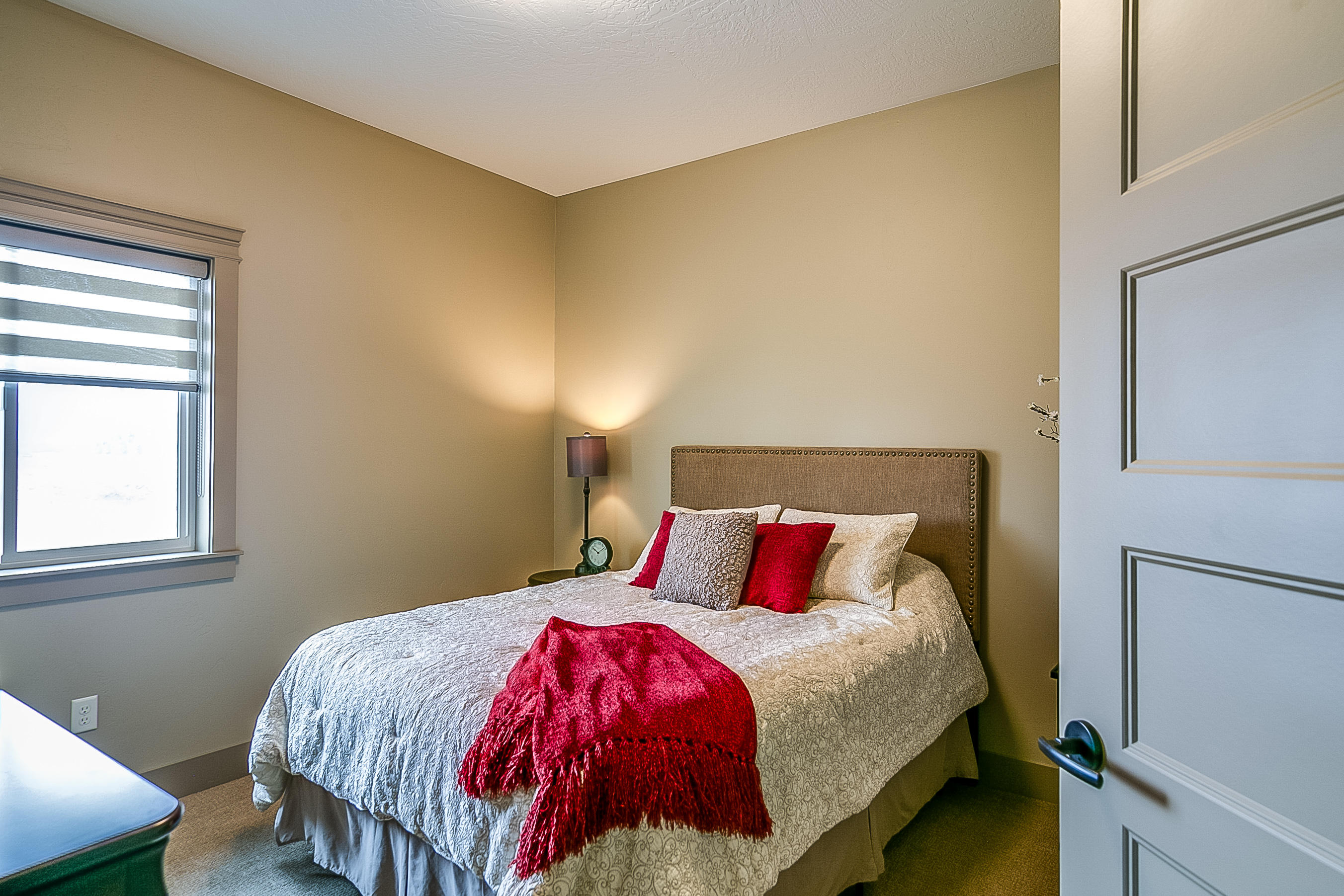 Property Image #2 for MLS #22015151