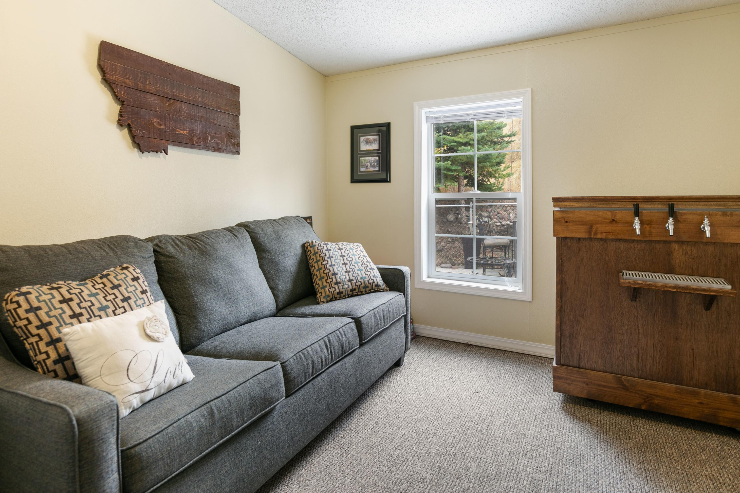 Property Image #10 for MLS #22015593
