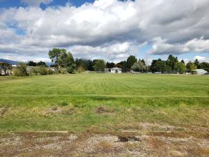 226 Cooper Lane, Hamilton, MT 59840