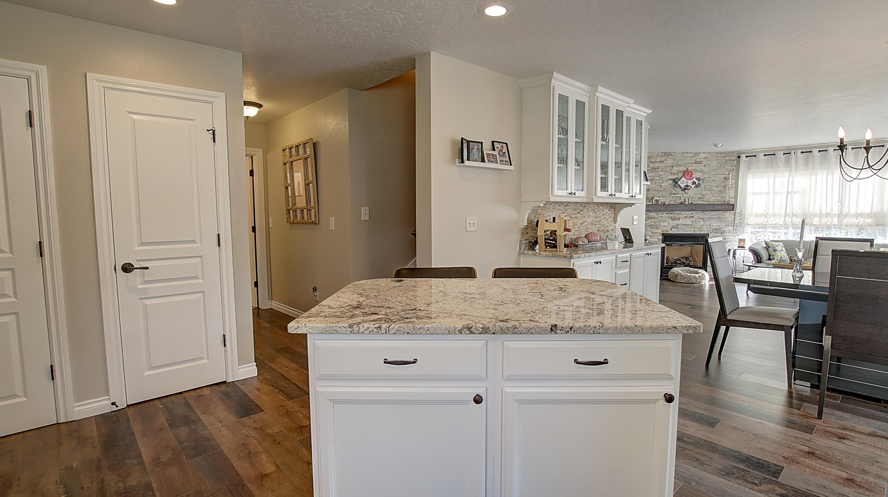 Property Image #2 for MLS #22016340
