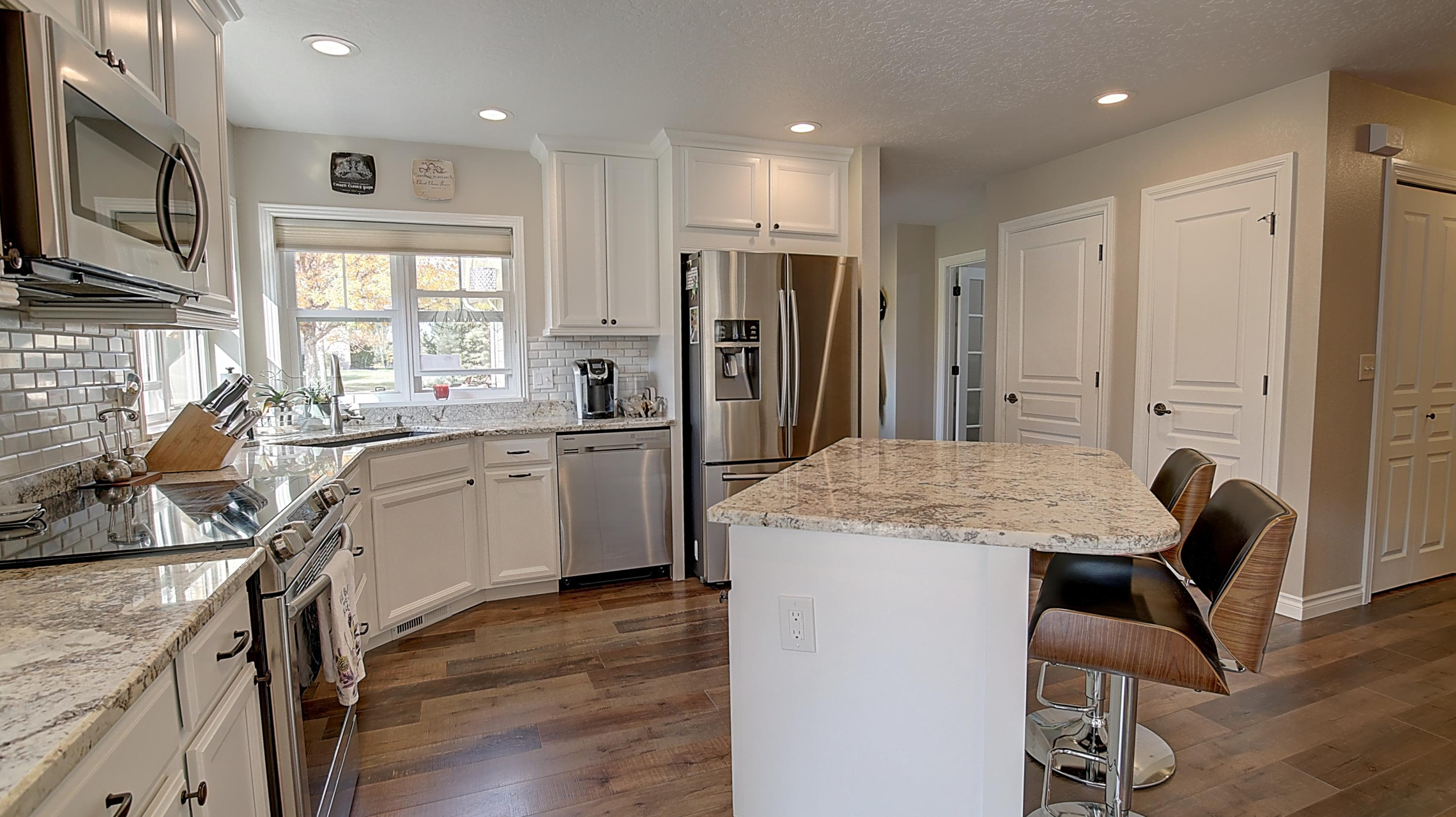 Property Image #3 for MLS #22016340