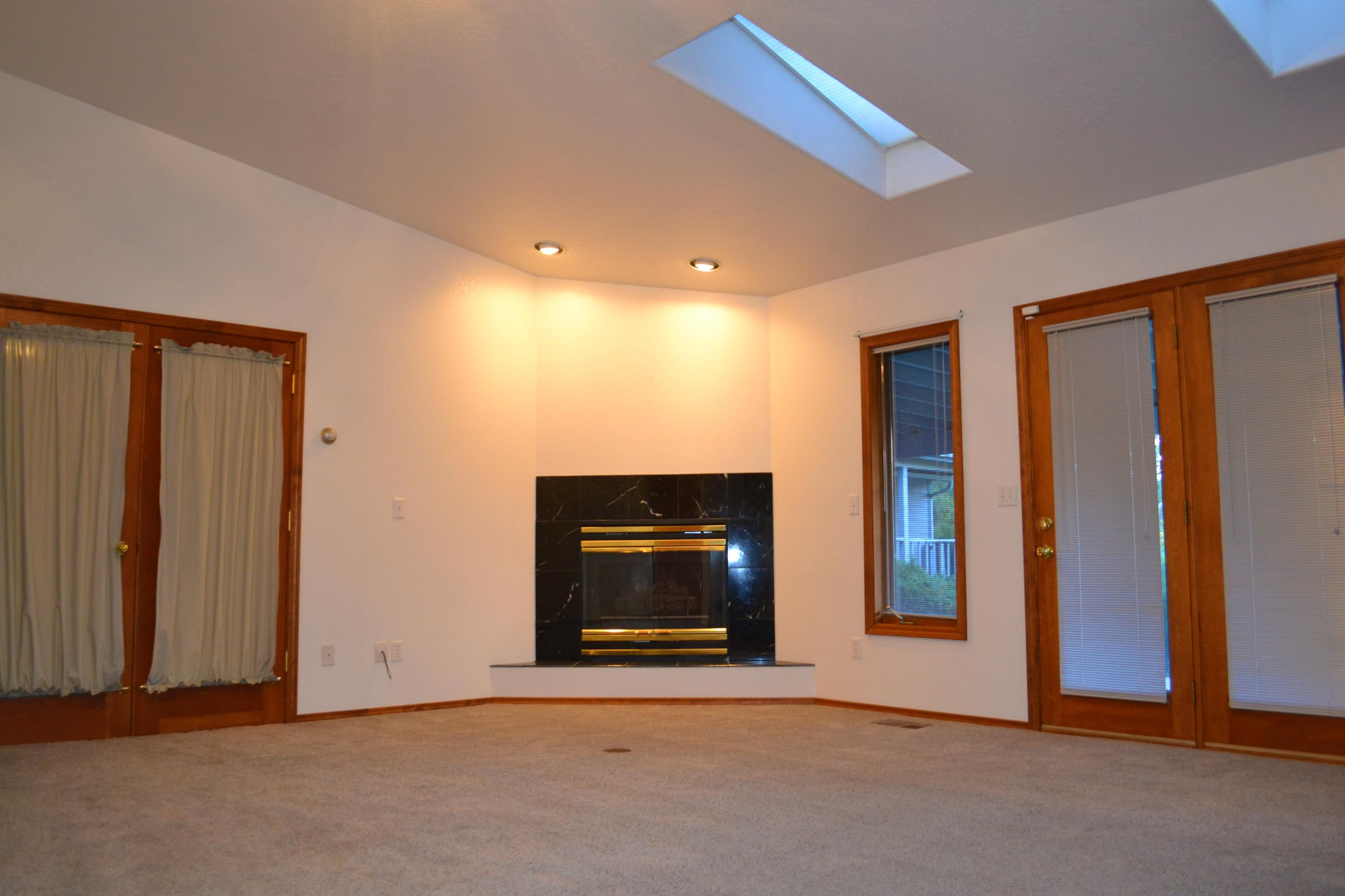 Property Image #4 for MLS #22016592
