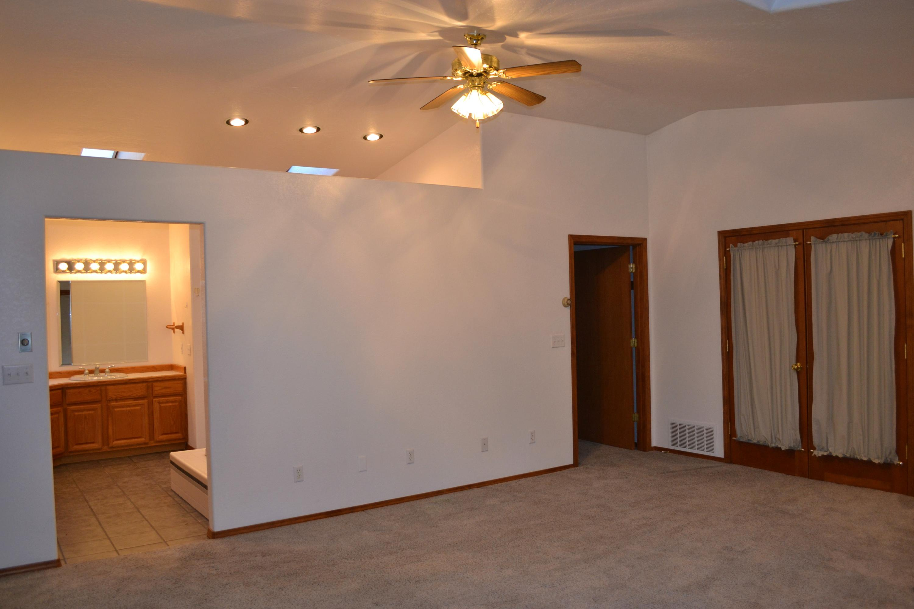 Property Image #5 for MLS #22016592