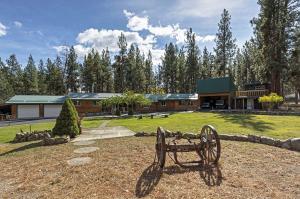 1752 Night Hawk Trail, Victor, MT 59875