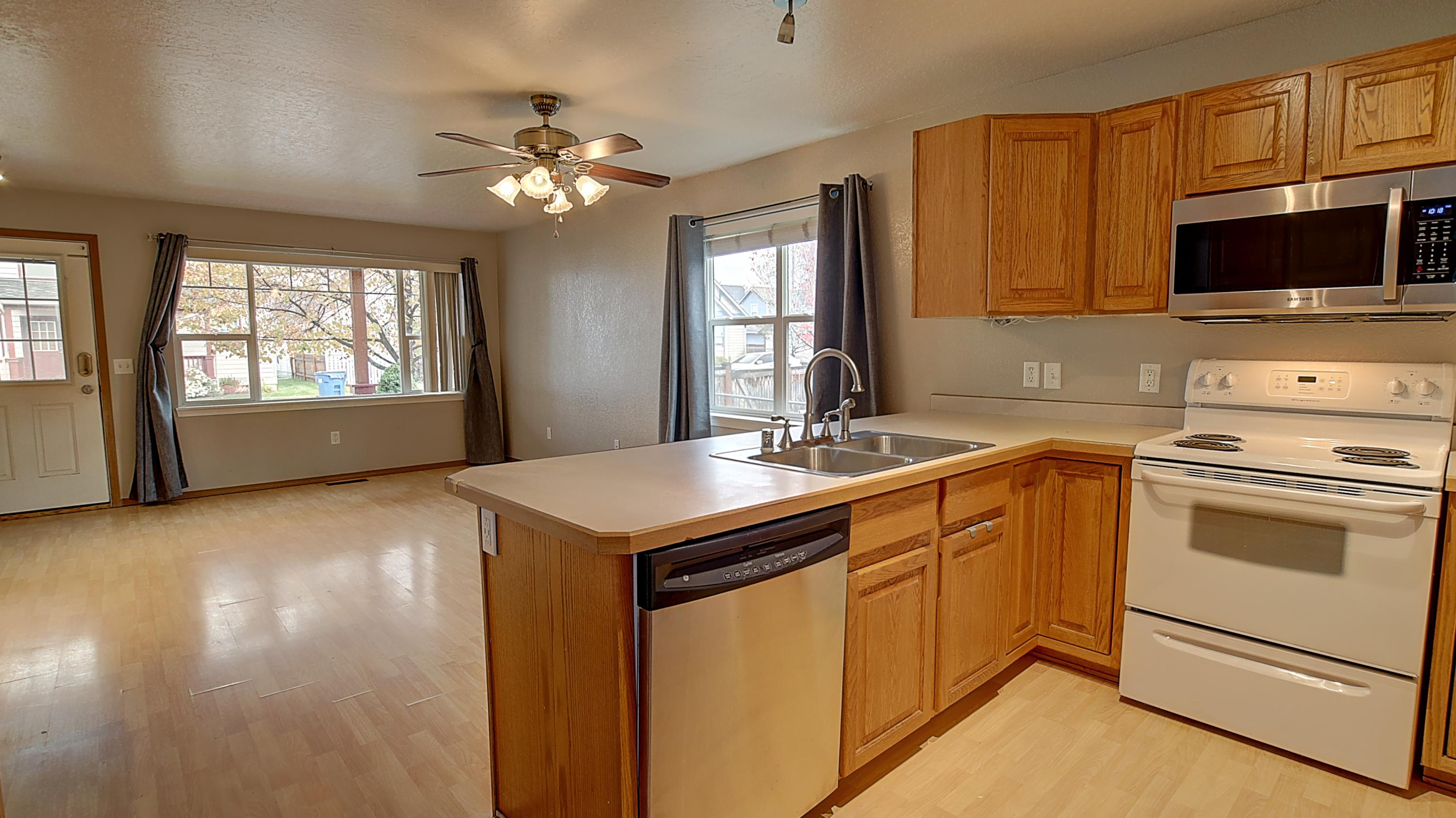Property Image #2 for MLS #22016896