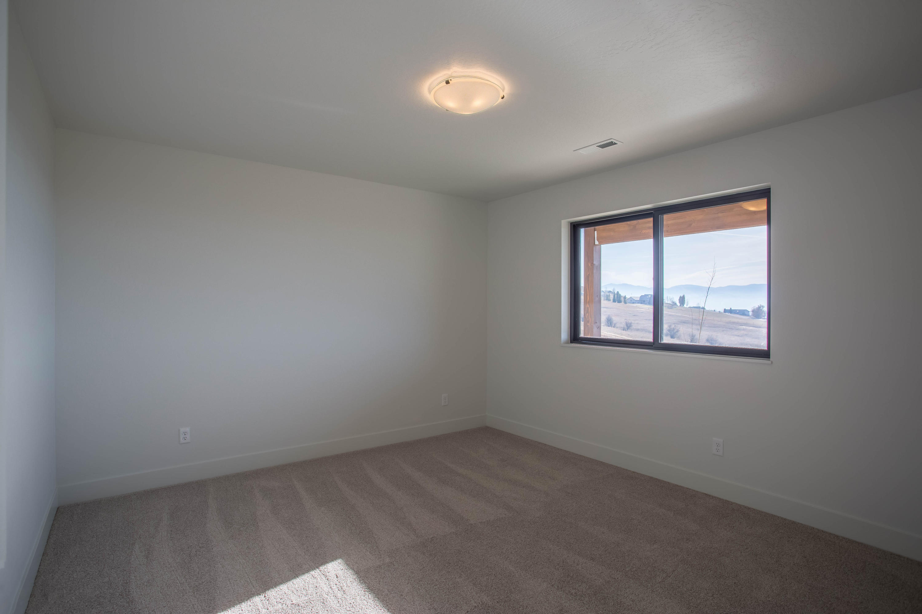 Property Image #17 for MLS #22017203