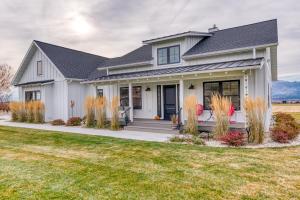 1317 Dodson Lane, Corvallis, MT 59828
