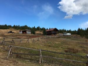 4855 Star Meadow Road, Whitefish, MT 59937