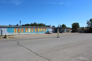 962 Oilfield Avenue, Shelby, MT 59474
