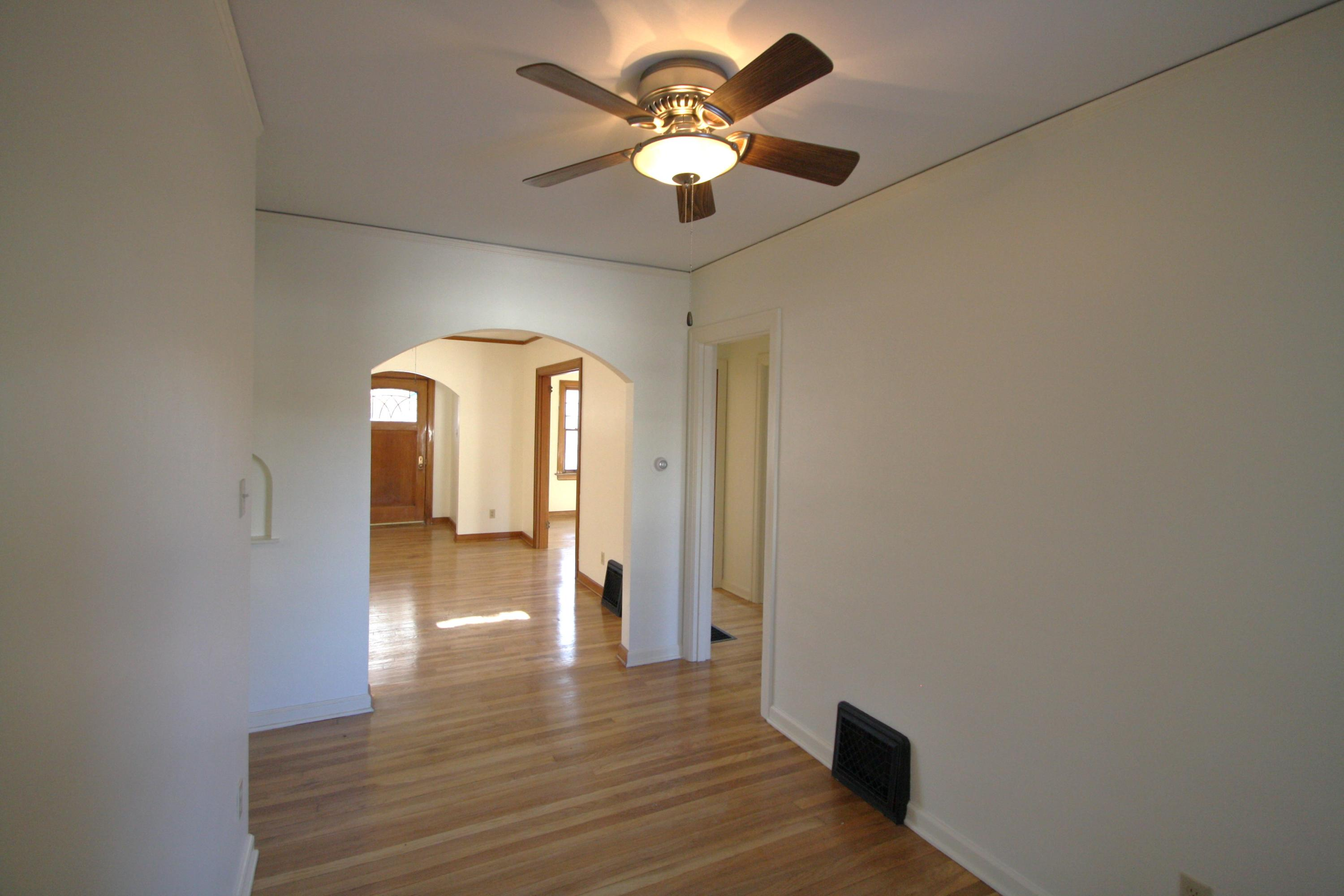 Property Image #3 for MLS #22100007