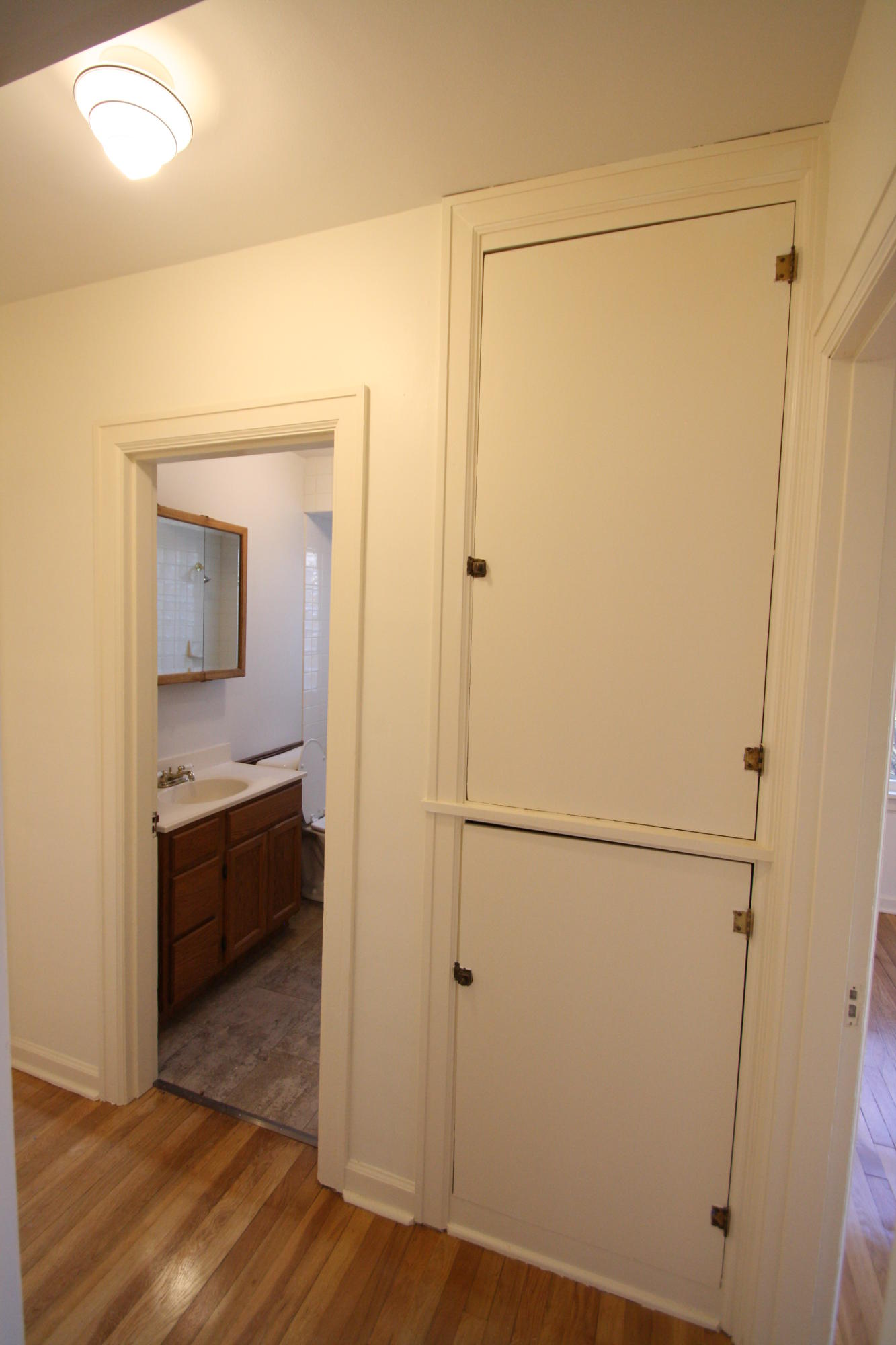 Property Image #11 for MLS #22100007