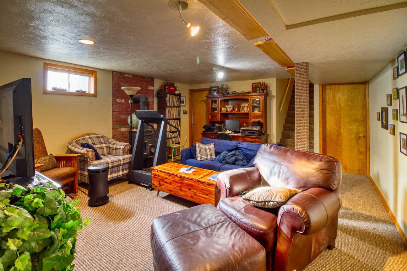 Property Image #3 for MLS #22100152