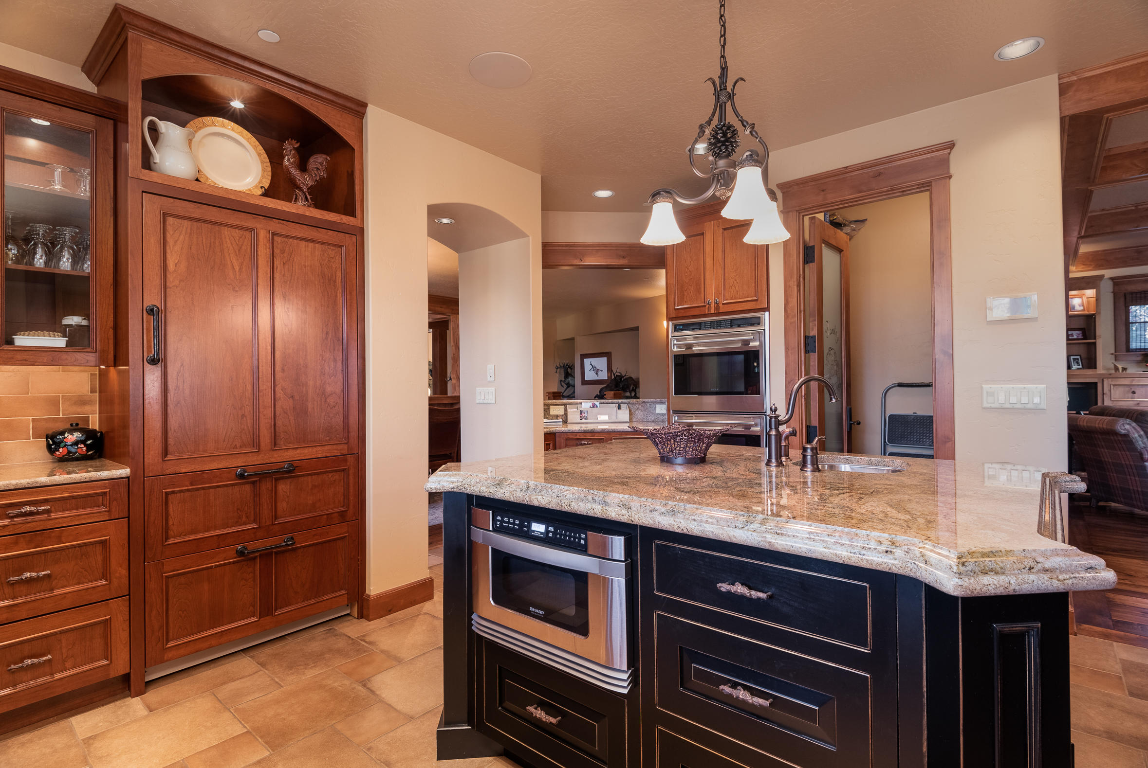 Property Image #3 for MLS #22100507