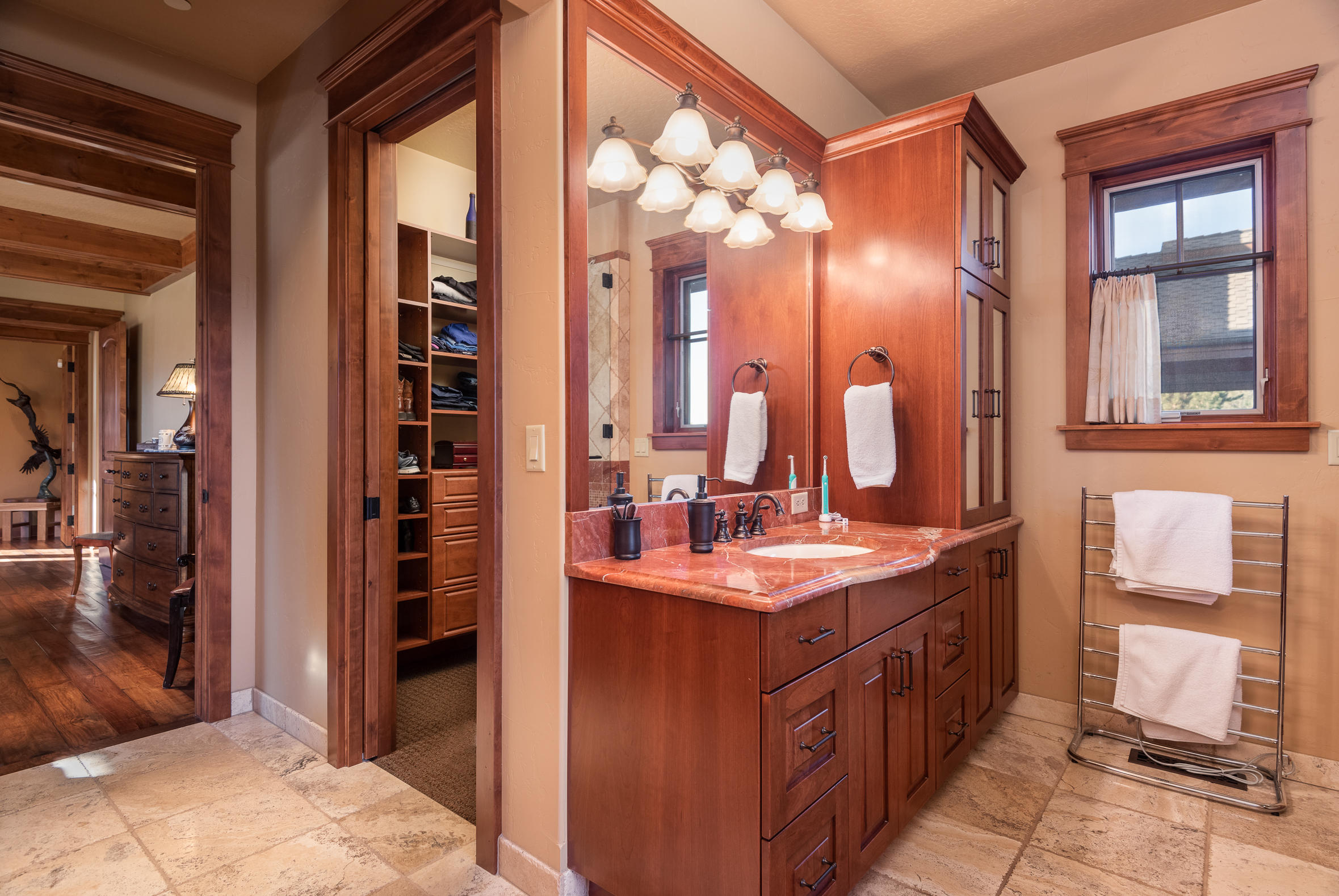 Property Image #14 for MLS #22100507