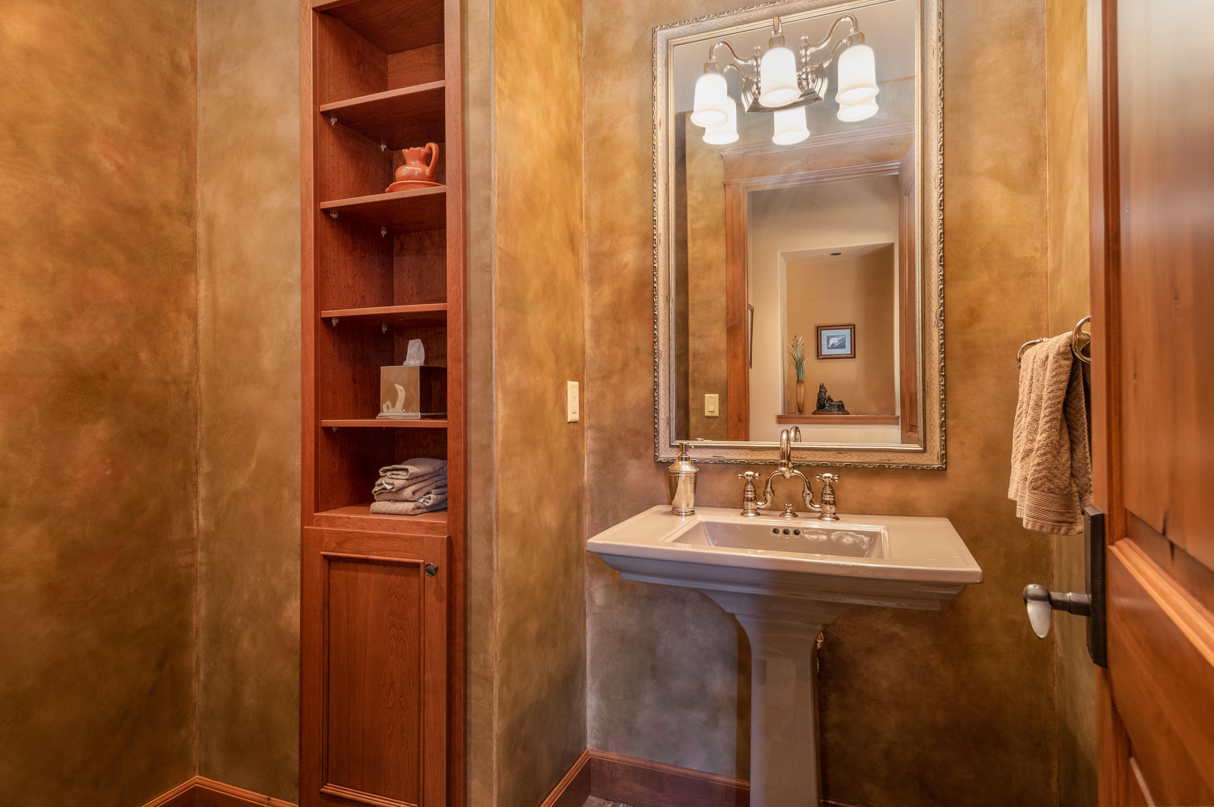 Property Image #17 for MLS #22100507
