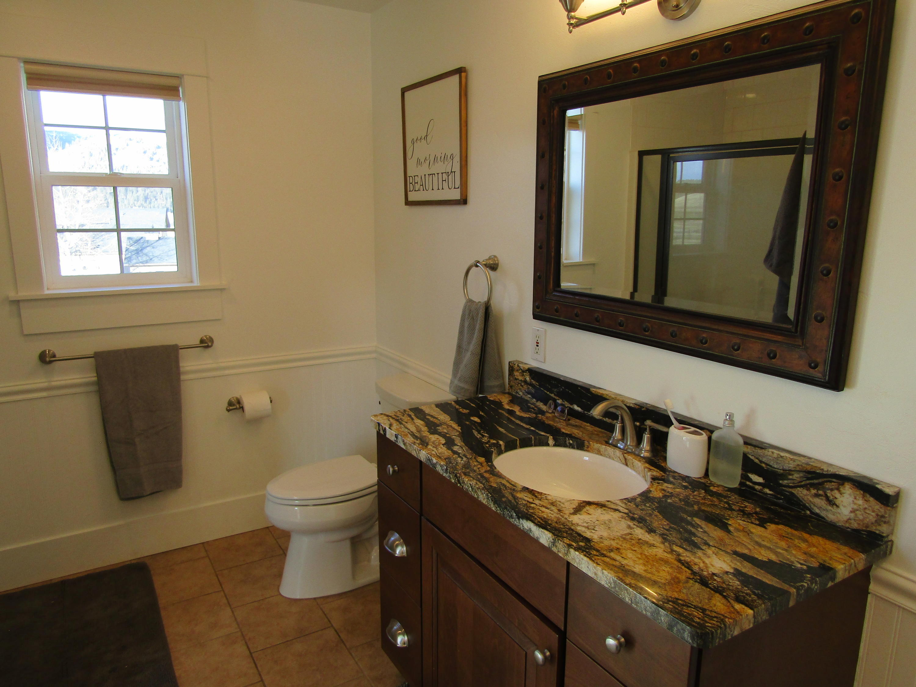 Property Image #10 for MLS #22100578
