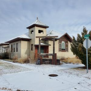 201 3rd Avenue East, Polson, MT 59860