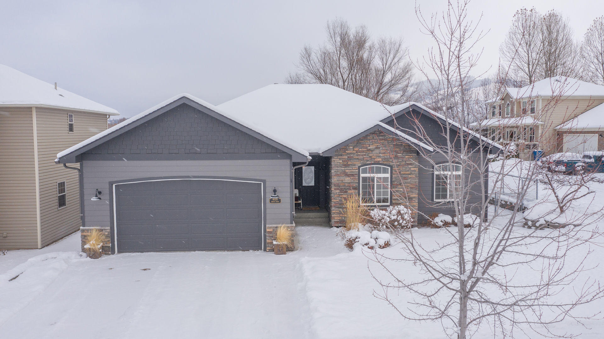 Property Image #1 for MLS #22101745