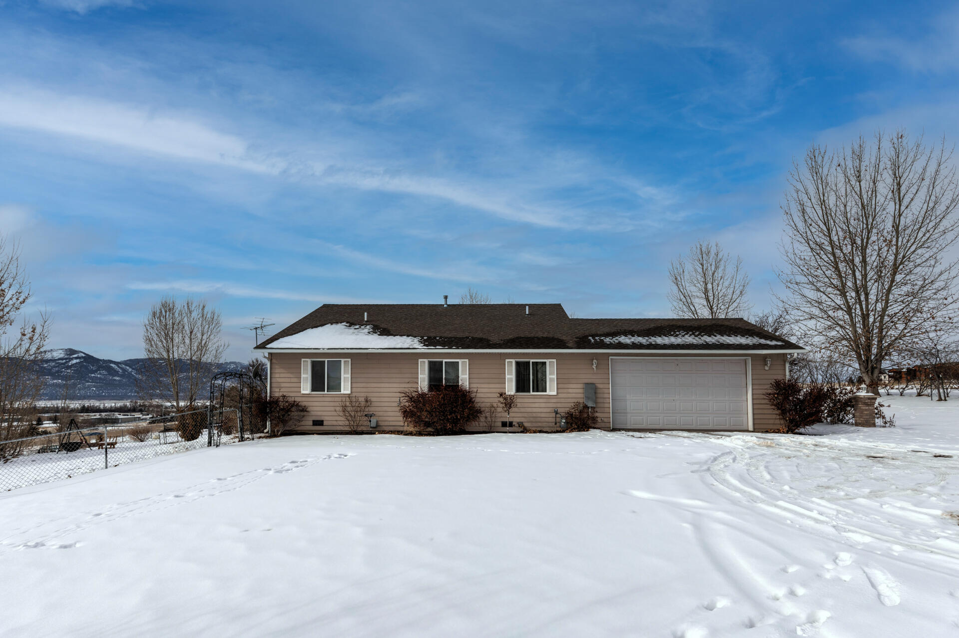 Property Image #12 for MLS #22102355