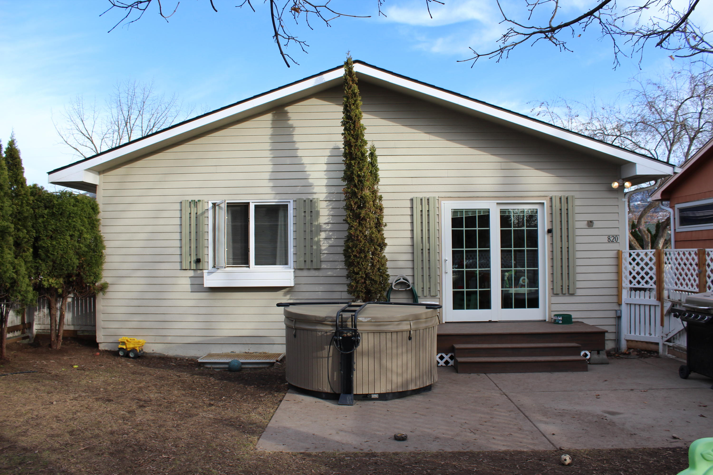 Property Image #1 for MLS #22103653