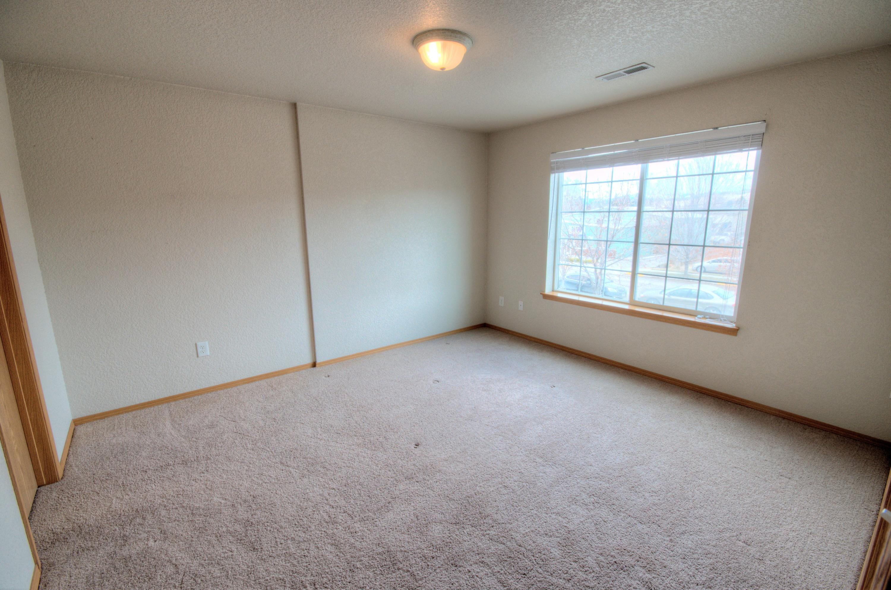 Property Image #2 for MLS #22103758
