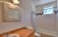 Barn Upper Level Living Courters_Bathroom