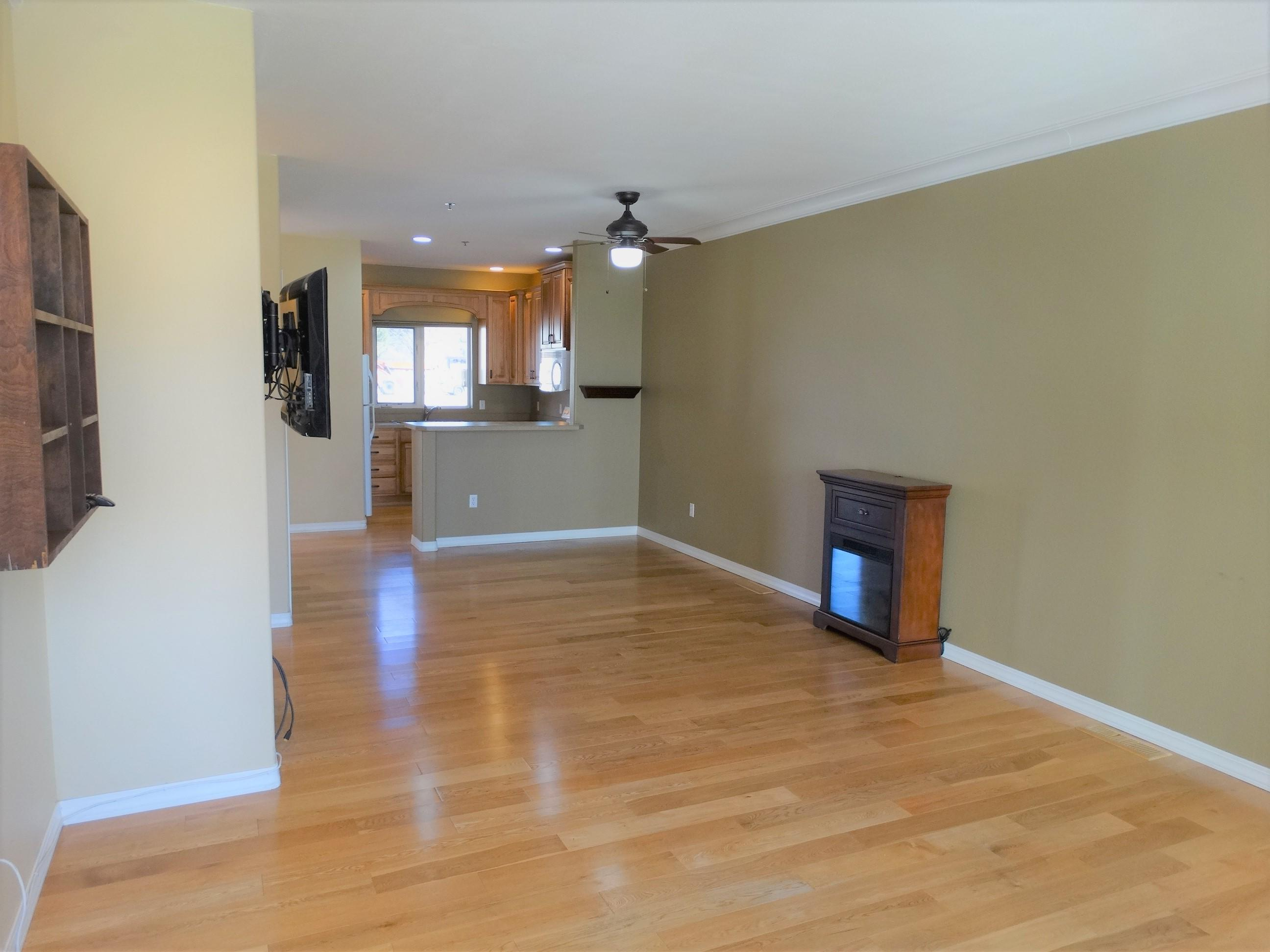 Property Image #2 for MLS #22104524