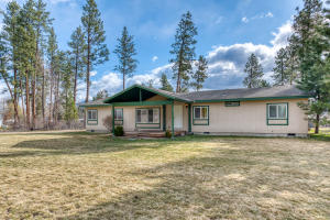 5552 North Iowa Avenue, Florence, MT 59833