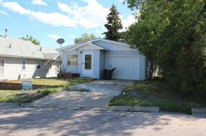 126 2nd Street South, Shelby, MT 59474