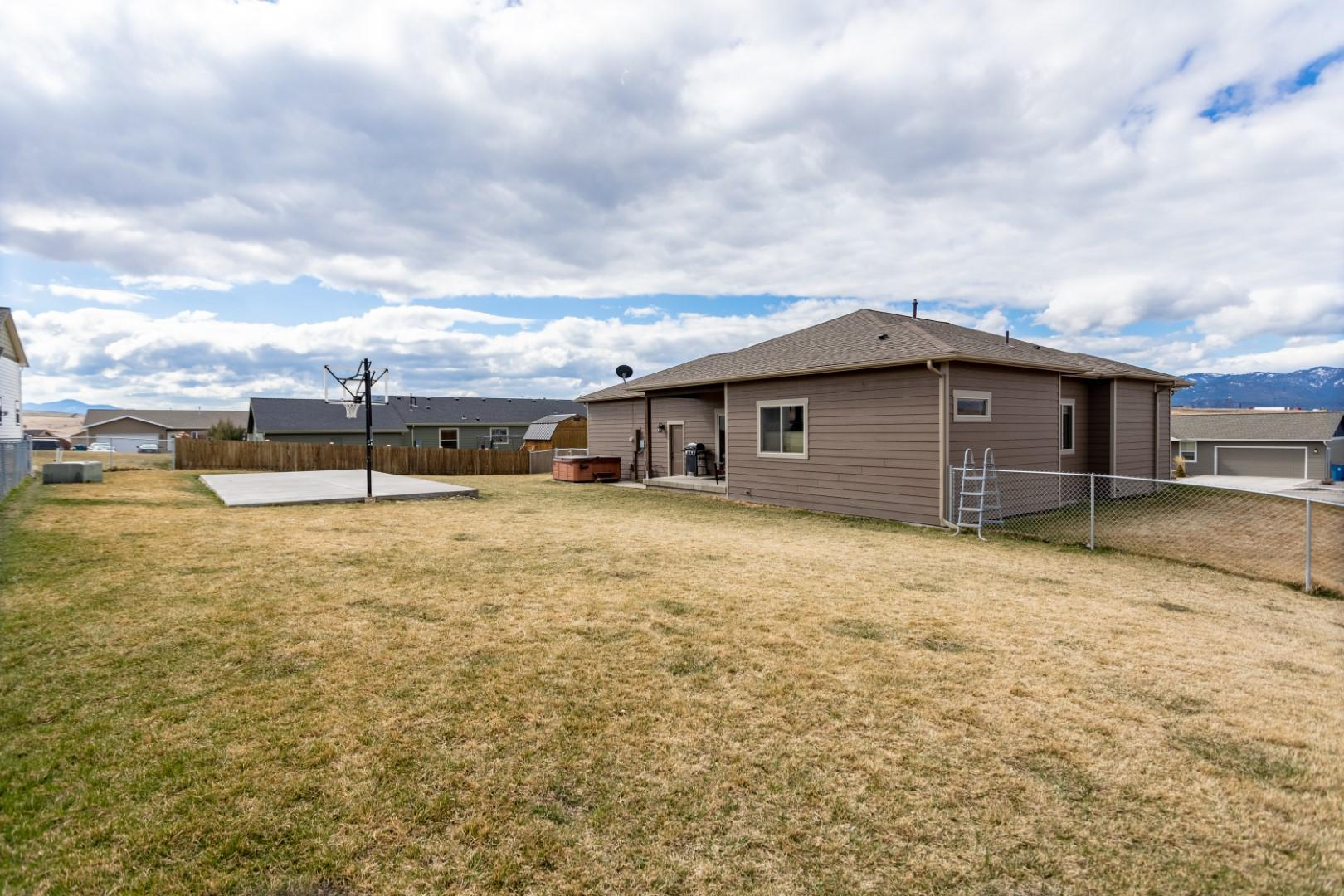 Property Image #10 for MLS #22105092