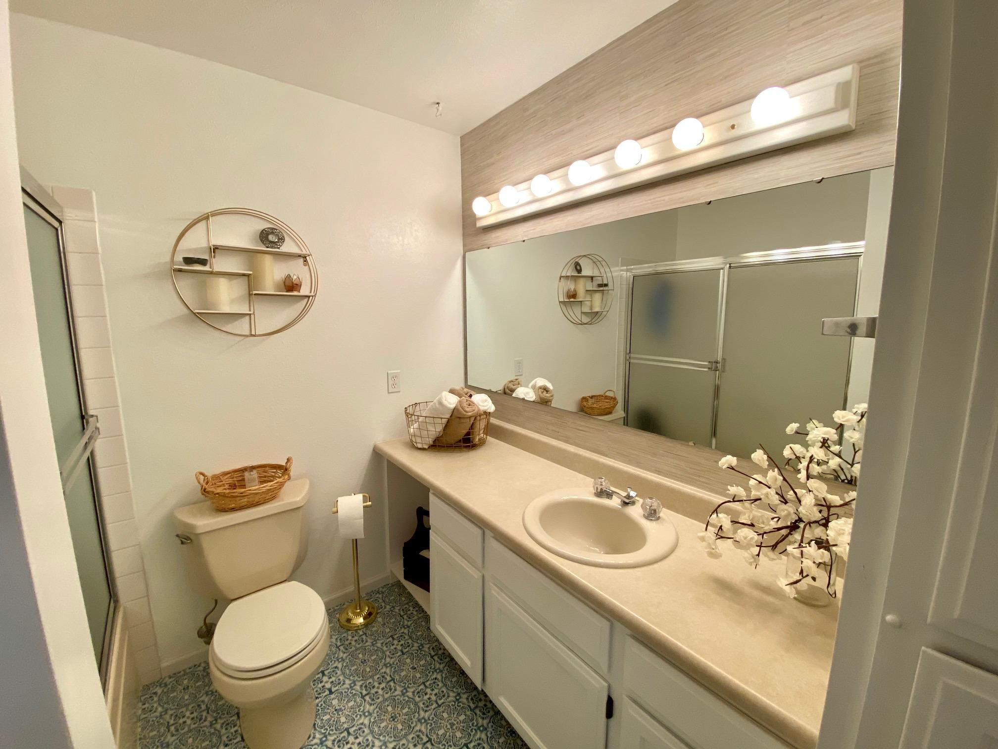 Property Image #2 for MLS #22105225