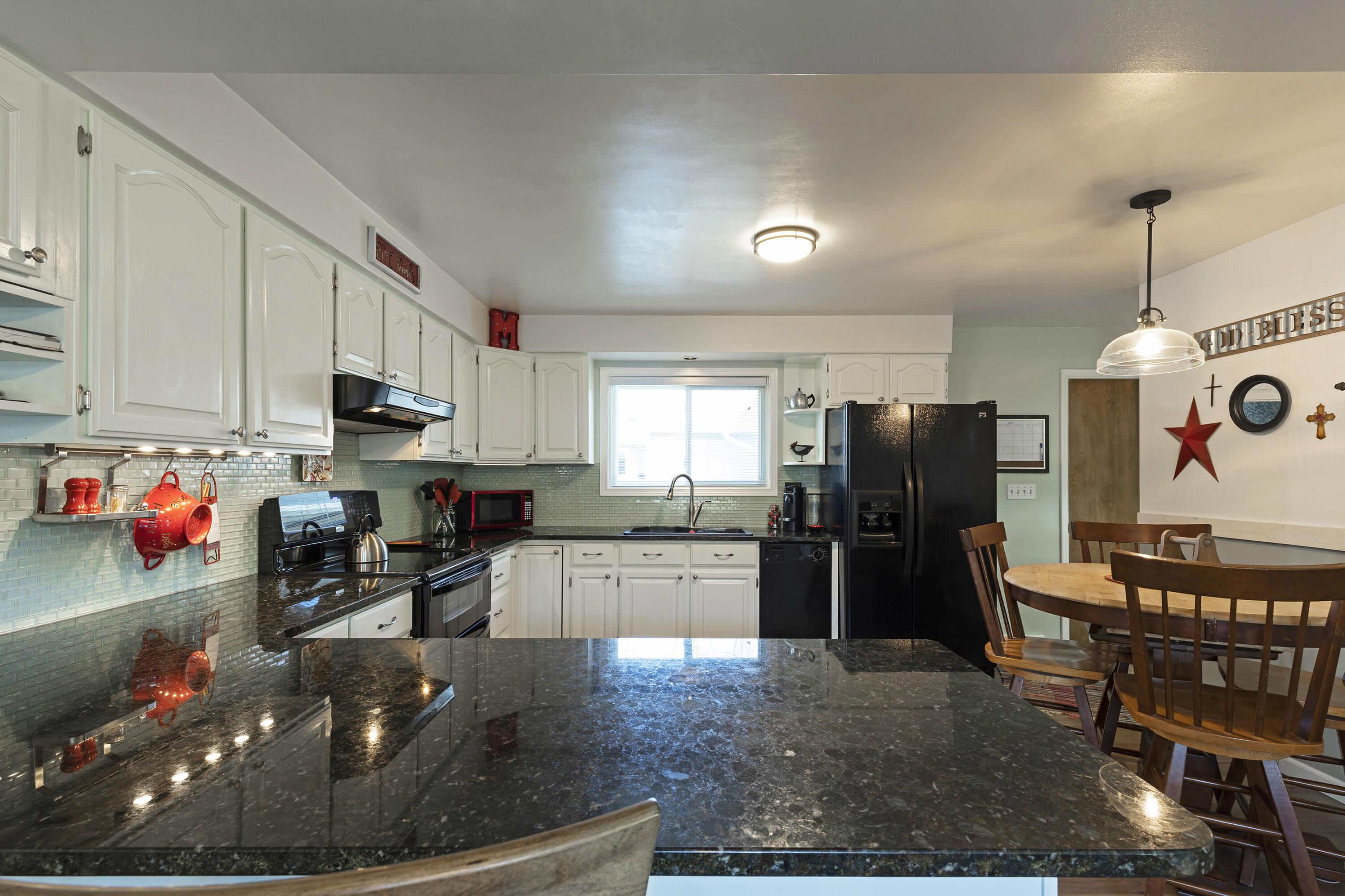 Property Image #4 for MLS #22105239